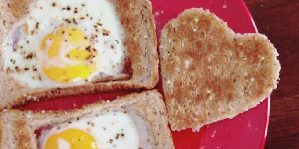 Heart Shaped Eggs and Toast Recipe