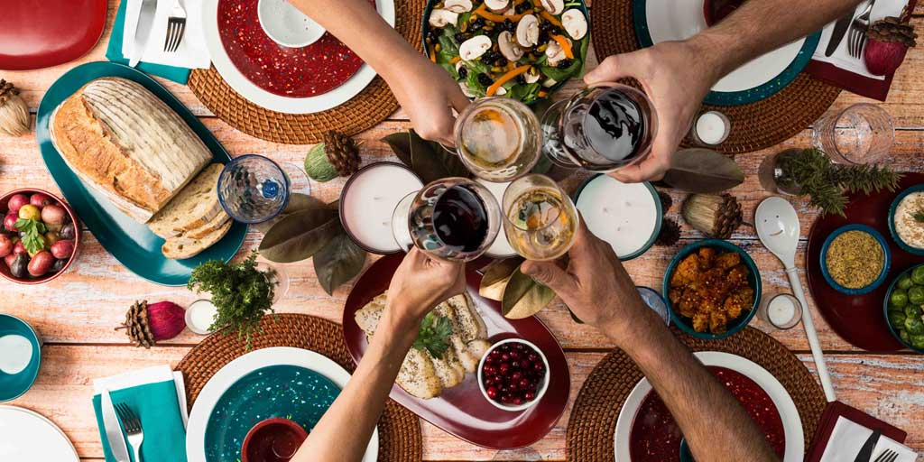 Image for 9 Quick Fixes to Make Your Dinner Party Shine 9 Quick Fixes to Make Your Dinner Party Shine