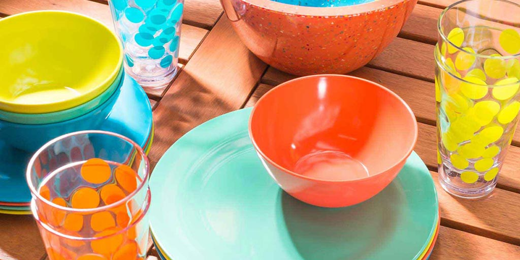 Image for What Is Melamine Dinnerware? What Is Melamine Dinnerware and Melamine Plastic?