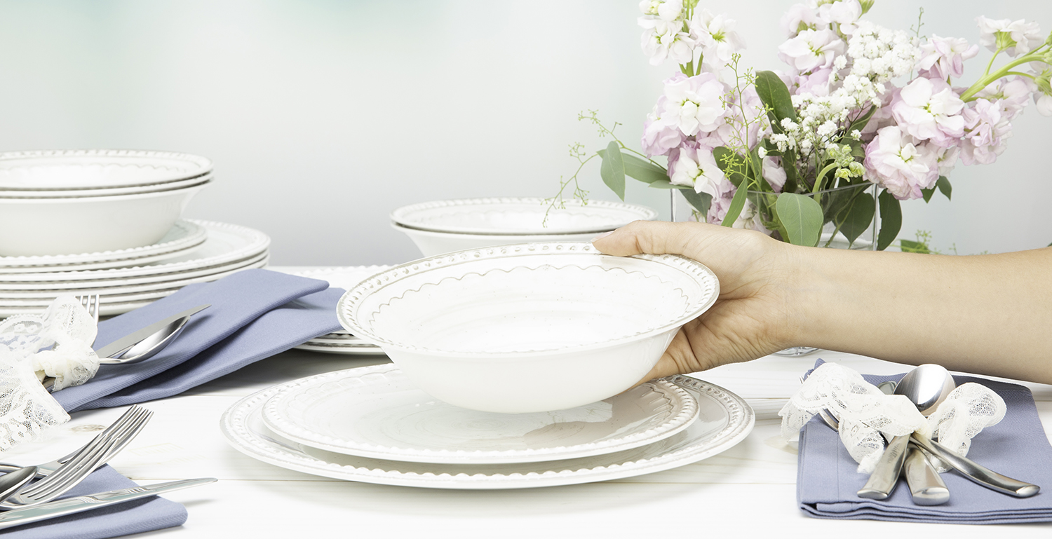 dinnerware sets image